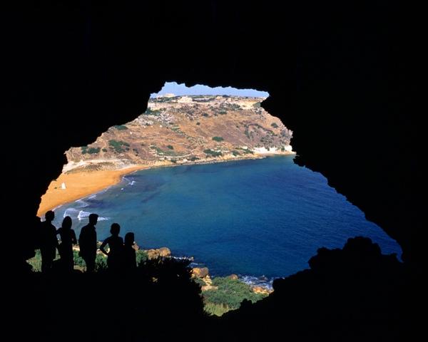 malta_calypso_cave