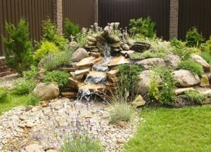 Обустройство и уход за садом камней с водным каскадом
